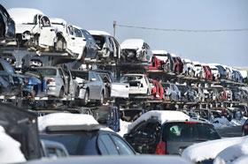 Złomowanie aut i pozyskiwanie z nich części